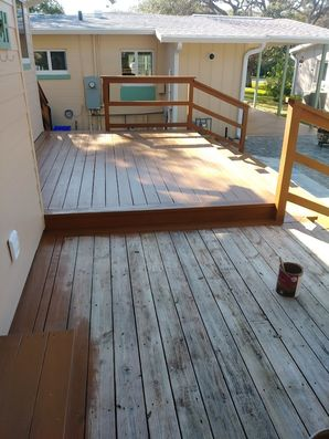Wood deck stained in New Smyrna, FL (2)