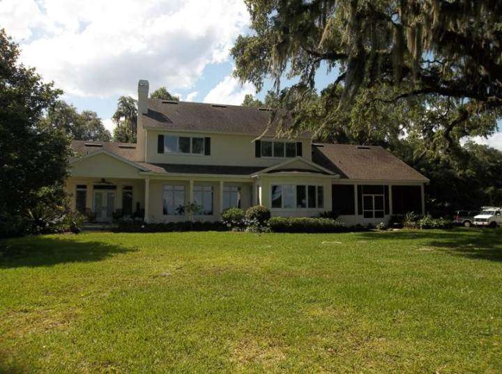 exterior house painting done in Deland, FL