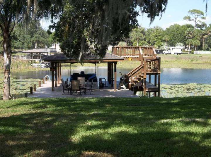 Deck Stained in Deland, FL